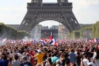 개성 대신 화합… 프랑스, 20년 만에 사커 왕좌 되찾다…