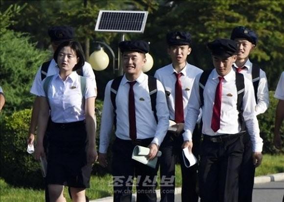 북한 대학생들도 '백팩' 열풍…디자인은 '아직'
