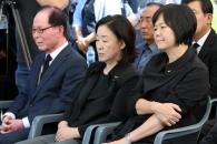 故 노회찬 의원 49재… 정치 동지들의 회한