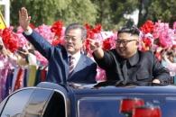 """文 """"결실 맺자"""" 金 """"더 큰 성과""""… 비핵화 의지 강…"""