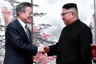 """文 """"남북 첫 비핵화안 합의"""" 金 """"핵무기없는 평화의…"""