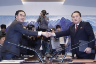남북, 철도·도로 연결 착공식 11월말∼12월초 진행 합…