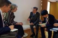 [서울포토] 메이 영국 총리와 회담하는 문 대통령