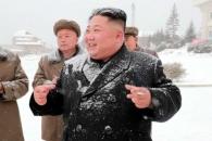 19일만에 모습 드러낸 김정은, 삼지연군 건설현장 시찰…