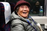 """기차로 고향 간 86세 이산가족 """"부모님 계실 것 같은…"""