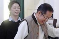 [포토] 'TV홍카콜라' 홍준표 한 달, 만면에 미소
