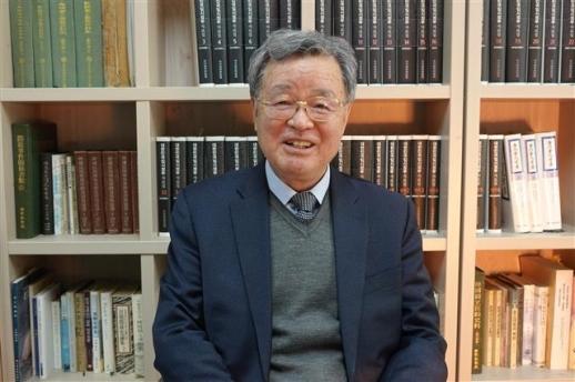 19일 한시준 단국대 사학과 교수가 서울신문과의 인터뷰에서 대한민국 임시정부의 의의를 설명하고 있다.