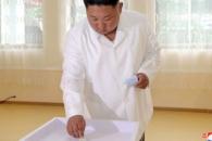 [포토] 北 김정은, 지방인민회의 대의원 선거 투표