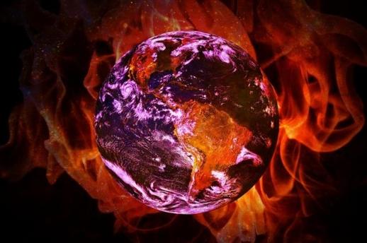 매년 여름 전 세계는 극심한 폭염에 시달리고 있다. 불볕더위는 여름철 나타날 수 있는 기상현상 중 하나라고 보는 견해도 있지만 최근 나타나고 있는 폭염은 지구온난화로 인한 기후변화 때문이라는 의견이 지배적이다.  픽사베이 제공