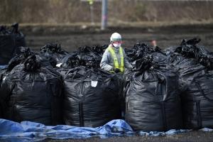바다로 보낸다는 '후쿠시마 오염수' 70% 기준 초과…최대 '2만배…