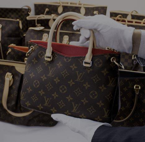 한 달 6800엔(약 7만 4500원)을 내면 자신이 원하는 명품 가방을 빌릴 수 있는 '랙서스' 서비스 홍보 사진.  랙서스테크놀로지스 홈페이지 제공