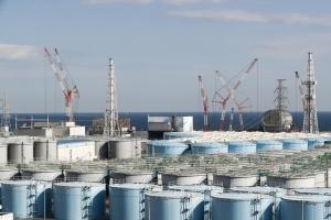 """정부 """"日 오염수 해양방류 강한 유감…피해방지 요구할 것"""""""