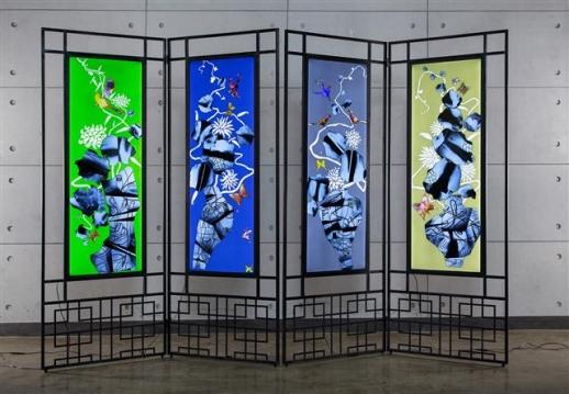 엑스레이 필름을 재료로 사용한 한기창 작가의 '뢴트겐의 정원'. 사비나미술관 제공
