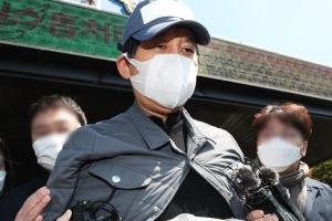 """윤석열 묶은 김봉현 """"정신적으로 너무 고통스러워""""… 檢 소환 불…"""