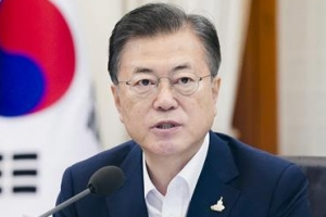 """""""30%대?"""" 당혹한 靑, 文지지율 최저치에 """"심기일전하겠다""""(종합…"""