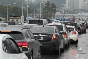 """""""험난한 출근길"""" 올림픽대로 등 서울 주요 도로 통제(종합)"""