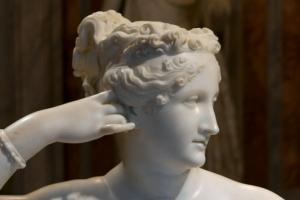 코로나19 덕분에 … 200년 된 조각상 훼손범 추적