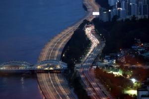 동부간선·내부순환·강변북로 통행재개…올림픽대로는 아직 통제