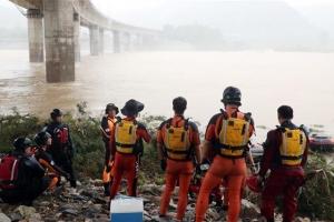 """""""부유량 많아 힘들다"""" 토로한 실종자...폭우에도 쉬는날 없이 일…"""