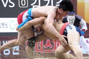 씨름의 희열 이후 6달…'황제' 임태혁, '괴물' 김기수 또 제압