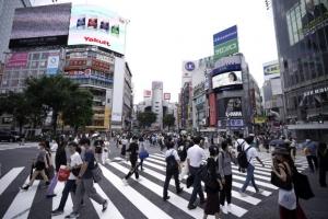 """""""의료기관 부담 커지고 있다""""…日도쿄 전역·모든 세대 코로나 확…"""