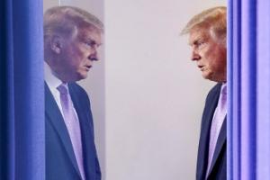 해리스 두려워진 트럼프 또 '출생지 타령'