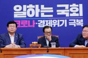 '차기 대선 때 야당 찍겠다'…흔들리는 '100년 집권론'