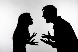 """""""다른 사람과 했지?"""" 성관계 거부한다고…남편은 아내를 찔렀다"""