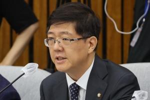 민주당 제명된 김홍걸, 의원직은 유지…다음 타자 이상직 운명은?