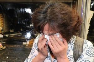청량리 청과물시장 화재… 눈물 흘리는 상인