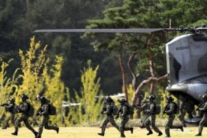 '공무원 피격' 언급 없던 국군의날…무거운 분위기 속에서 개최