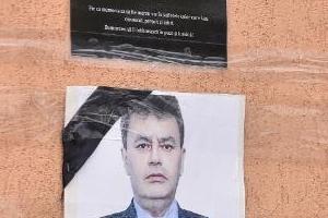 2주 전 코로나로 숨진 루마니아 시장 당선, 국내에도 같은 듯 다른…