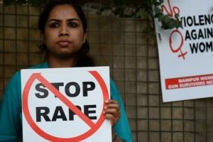 집단 성폭행 후 치료 받던 인도 불가촉 19세 여성 끝내 사망
