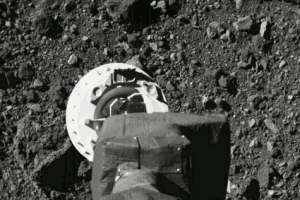 NASA 에펠탑보다 조금 큰 소행성 '베누'에 공 들이는 이유