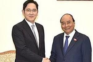'베트남 총리 만난' 이재용 부회장
