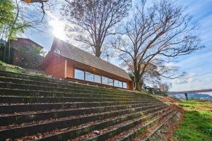 日 요시노 마을 재생 일등공신… 연수입 2만 7000弗 '삼나무집'