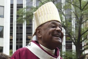 """교황 """"사상 첫 아프리카계 미국인 추기경 임명"""" 깜짝 발표"""