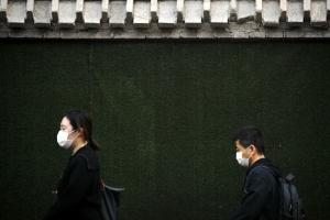 베이징 외곽은 줄줄이 폐업… 수상한 '중국의 V자 반등'