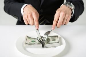 회사 망했는데 경영진 보너스…美기업들, 파산 직전 '나눠먹기' …