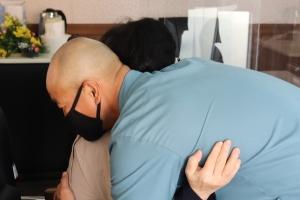 홍성교도소 벼루장인이 된 LA 무기징역수