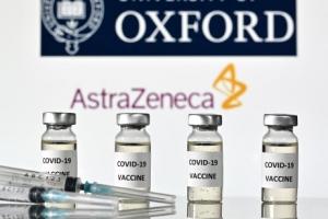 '아스트라제네카 백신' 효과 최대 90%...내년 국내 시판허가 가능…