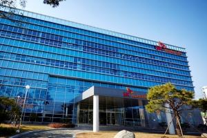 SK머티리얼즈, 일본 JNC와 손잡고 OLED로 사업 확장