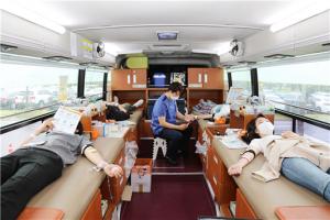 한국교육개발원(KEDI) 직원들의 따뜻한 마음으로 채워진 '사랑의 …