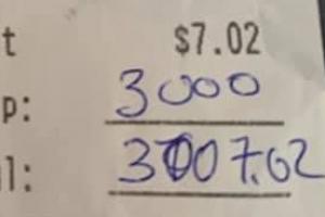 """""""맥주 한잔에 팁 333만원"""" 문 닫는 술집에 들린 천사"""