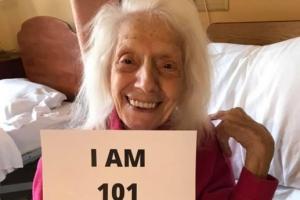 1살 때 스페인독감, 102살엔 코로나 2회 완치…'천하무적' 할머니…