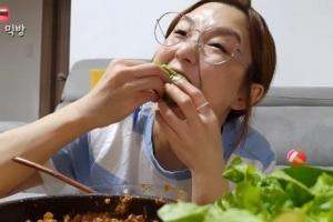 """""""김치는 한국 음식"""" 유튜버 햄지 동영상, 中서 삭제됐다"""