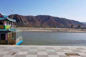 홍수로 사라진 중국 지린성 투먼의 관광 조형물