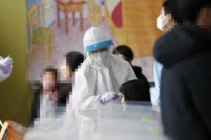 코로나 시국에 합숙…광주 TCS국제학교 100명 넘게 집단감염(종합)