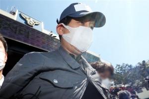 김봉현 전자보석 청구 기각 확정…구속 상태로 계속 재판