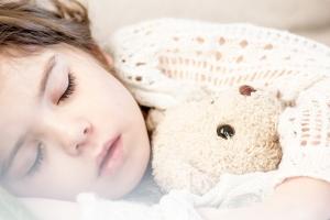 낮잠이 뇌 속 노폐물 없애 건강한 뇌 만들고 치매까지 막는다